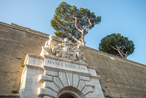 Hire a Vatican Tour Guide - Totally Worth It